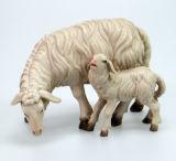 Kostner-Krippe - Schaf äsend mit Lamm